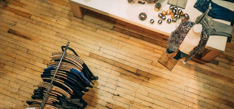 Tienda de ropa vista desde arriba Sonatsounds